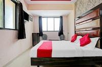 OYO 79851 Hotel Sai Nitya Residency
