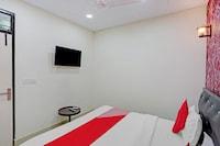 OYO 79868 Manvi Palace