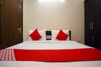 OYO 79902 Flagship Hotel Olive Saffron