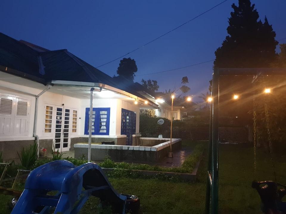 OYO 90352 Villa Agape 2