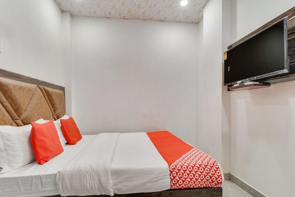 OYO 79906 Hotel Sun View, Bus Stand Ludhiana, Ludhiana