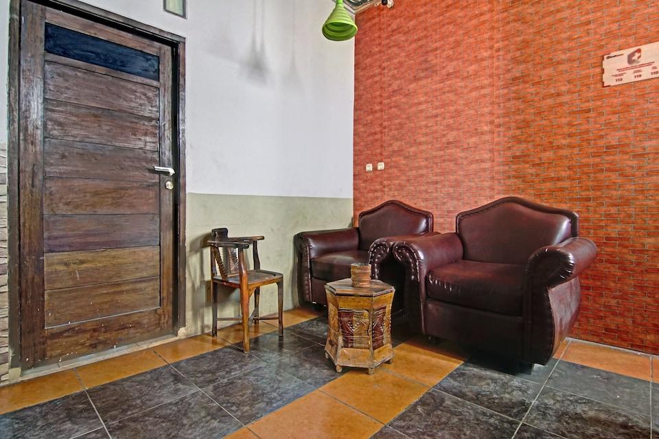 OYO 90358 Poris Residence, Cengkareng, Jakarta