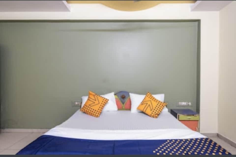 SPOT ON 79931 Hotel Kamal Palace