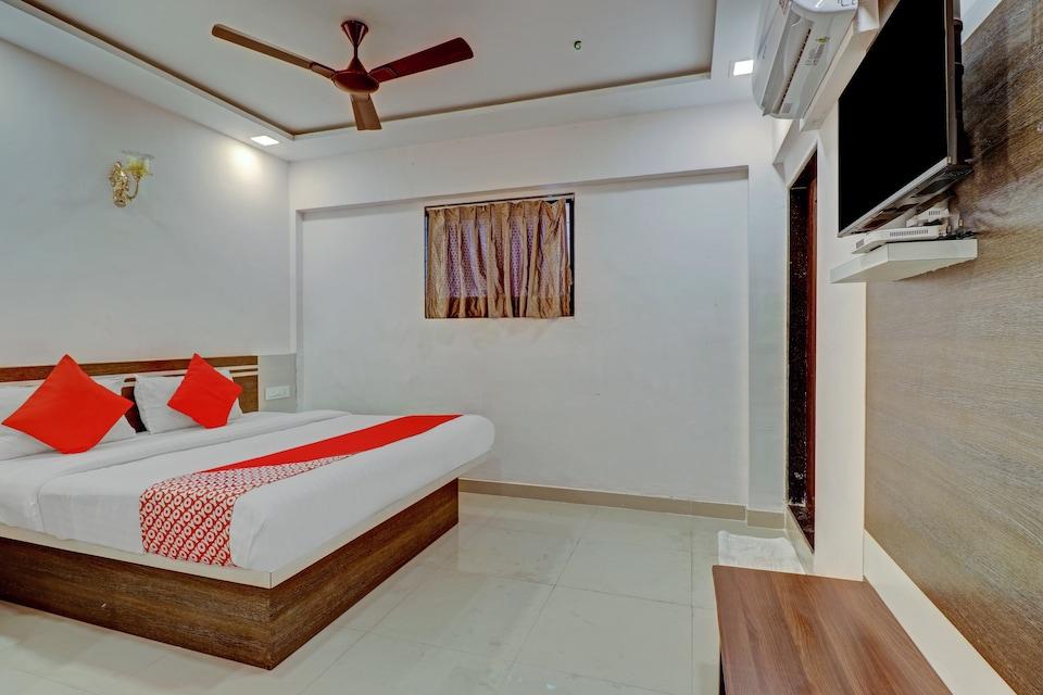OYO Flagship 80006 Hotel Kings Inn, Mumbai Airoli-Vashi, Mumbai