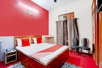 OYO 80038 Hotel Fridays