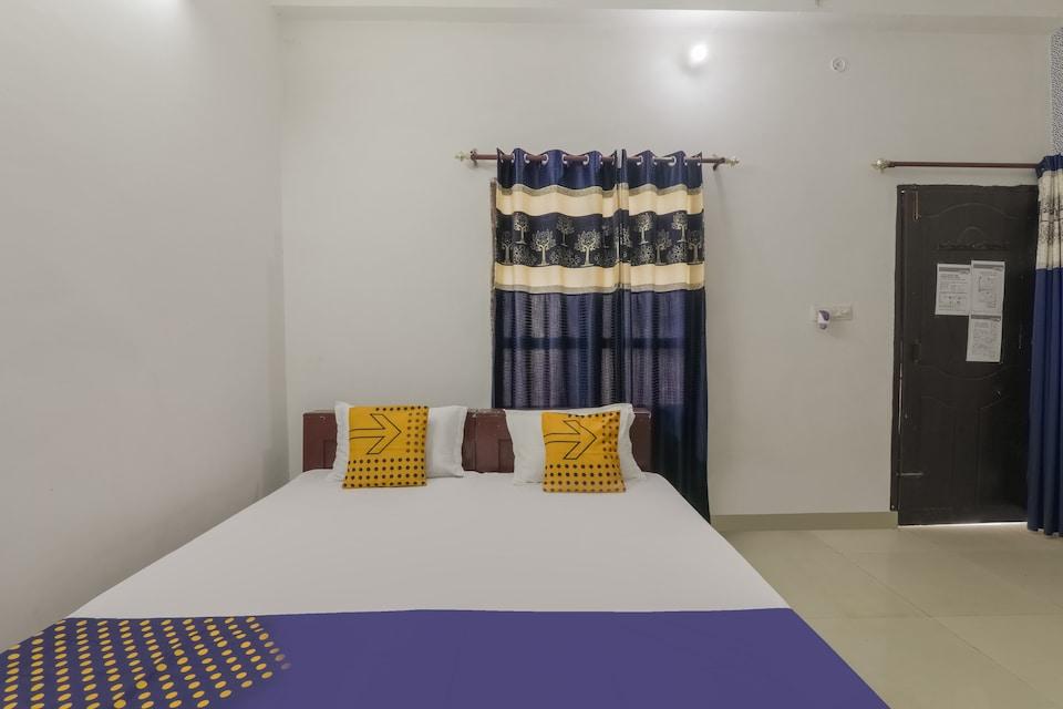 SPOT ON 80057 Sahyadri Inn
