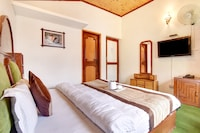 Belvilla Mahin cottage 2Br family suite with garden