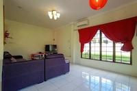OYO 90241 Villa Home Sibu
