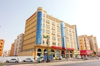 OYO 586 Al Tamayoz Al Raqi Hira