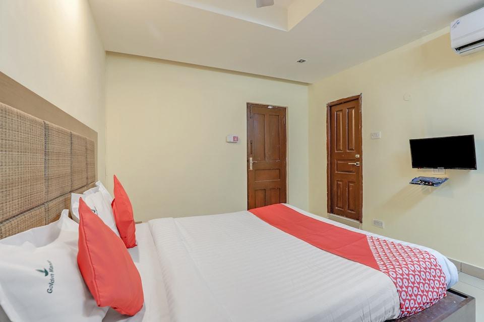 OYO 80088 Golden Manor, Central Chennai, Chennai
