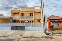 OYO 90383 Avisha Guest House Syariah