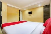 OYO 80163 Hotel Relax Residency