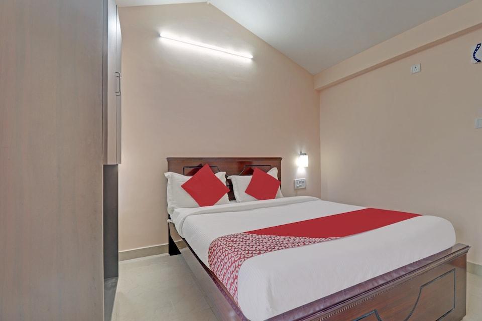 OYO 80174 Thirumala Residency