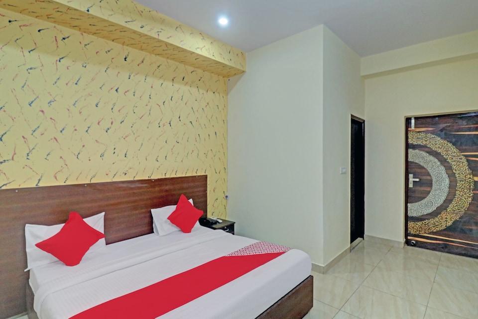 OYO 80268 Hotel Sky High, Faridabad, Faridabad