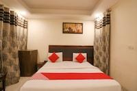 OYO 80347 Hotel Srv Palace
