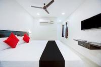 Capital O 80362 Hotel Rr Residency