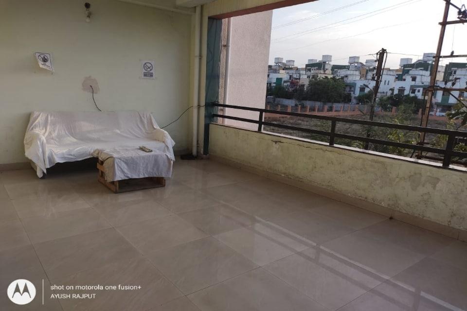 OYO 80385 Regal Corporate, Airport Wardha Road, Nagpur
