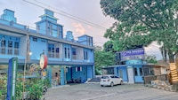 OYO 90396 The Halona Villa Batu
