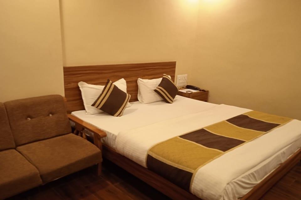 OYO 80476 Hotel The Vikram, Mehsana, Mehsana