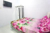 OYO 90402 Lescinda Residence