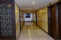 Capital O 80502 Hotel Vasundhra Grand