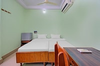 OYO Flagship 80532 Decent Residency