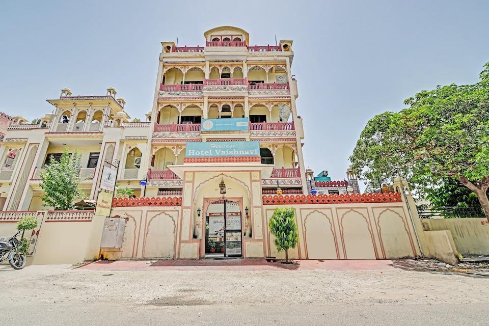 OYO 80539 Hotel Vaishnavi, Sindhi Camp, Jaipur