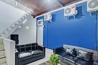 OYO 90406 Joqueen Rooms