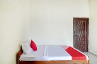 OYO 80556 Happy Residency