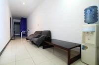 OYO 90438 Mampang 34 Residence