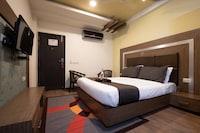 Collection O 80637 Rajapuri Residency