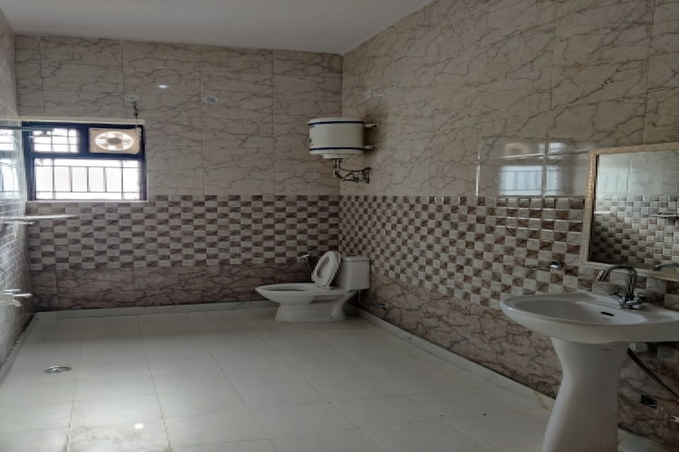 OYO 80673 Omi Guest House, Manesar, Manesar