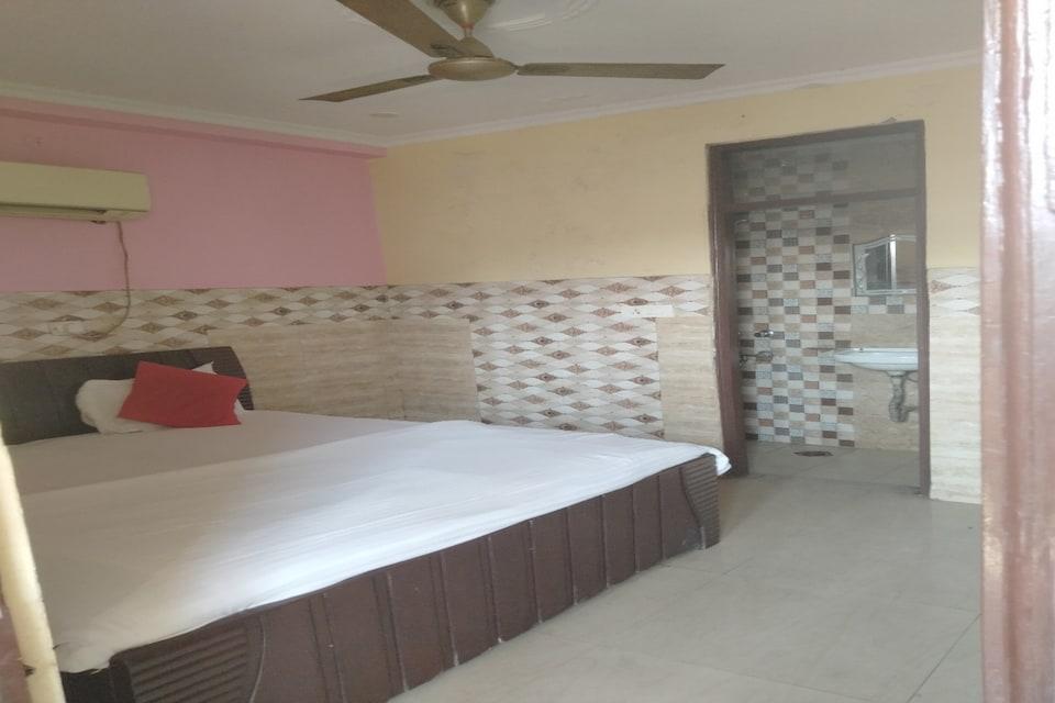 SPOT ON 80761 The Surya Inn, Nizamuddin Delhi, Delhi