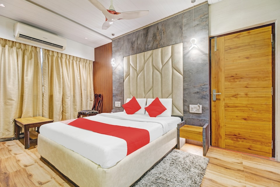 OYO 80762 Hotel New Mini Mahal, Mumbai Panvel-CBD, Mumbai