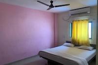 OYO 80810 Rajavat Hotel