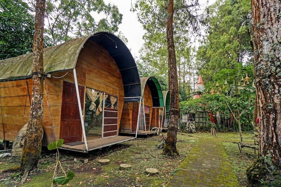 OYO 90474 Caravan Camp, Batu, Batu