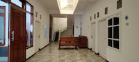 OYO 90486 Gb Guest House