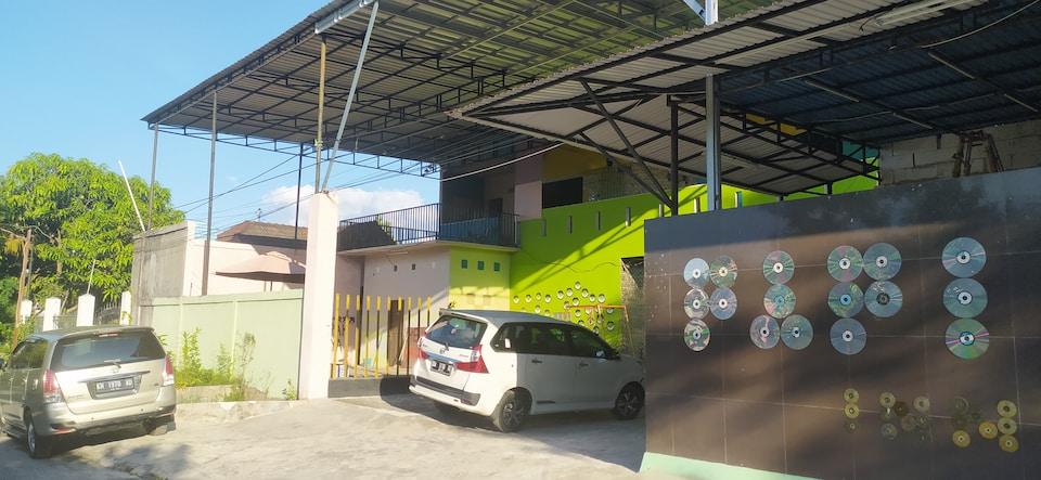OYO 90492 Papi Inn Guesthouse, Palangkaraya, Palangkaraya