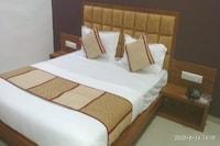 Capital O 80892 Hotel Maple