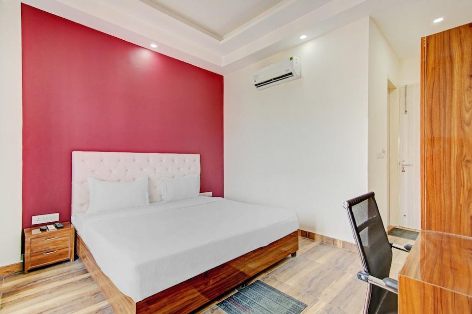 Collection 80895 Hotel Skylight, Medanta, Gurgaon