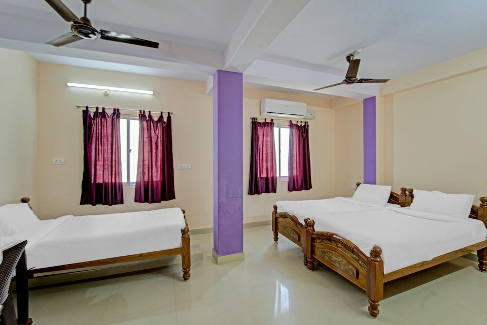 OYO 80922 Collection O Kks Stays, Vellore, Vellore