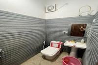 SPOT ON 80928 Ak Residency