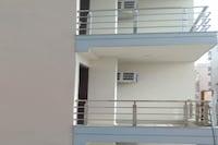 OYO 80946 Hotel Galaxy Palace