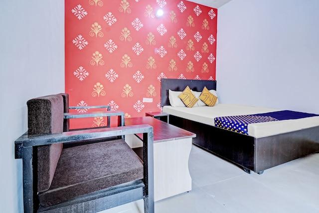 SPOT ON 81000 Hotel Shanti Palace