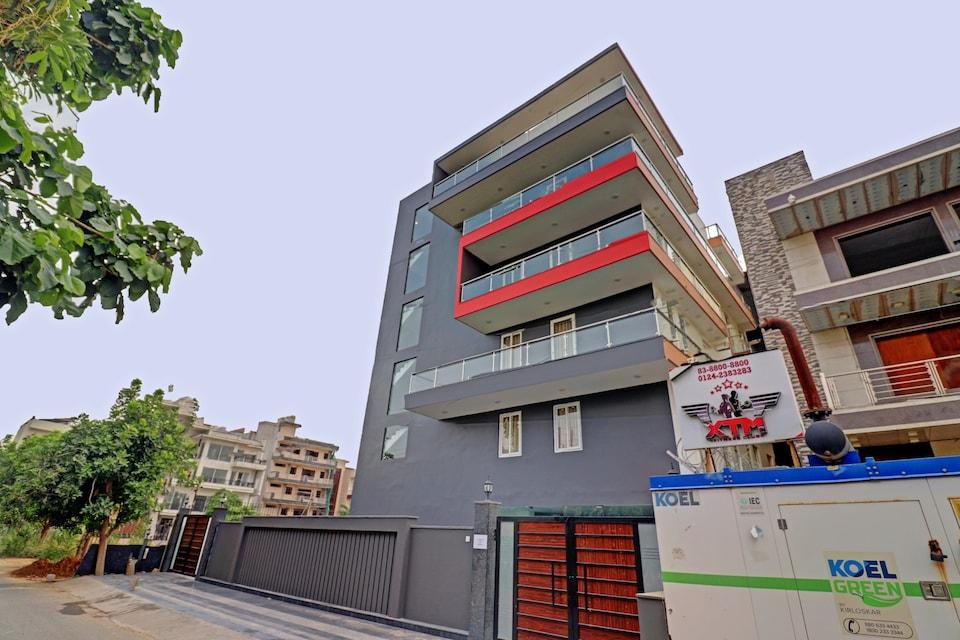 OYO  Townhouse 419 Corporate Hospitality, HUDA CENTRE 1, Gurgaon