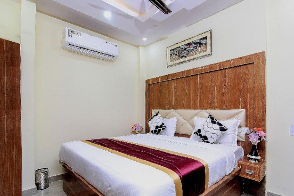 OYO Flagship 81034 Hotel Shiv Kunj Guest House, Fatehgunj Vadodara, Vadodara