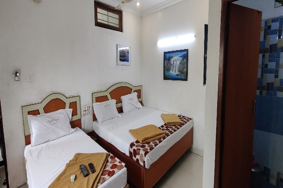 OYO 81046 The Golden Tulip Residency, Mount Road, Chennai