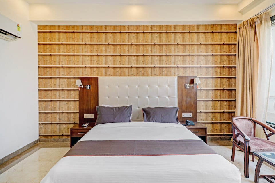 Collection O 81077 Hotel Star light, Fatehabad Road, Agra