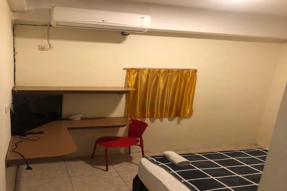 OYO 90499 Hotel Fortune, Paal 2, Manado