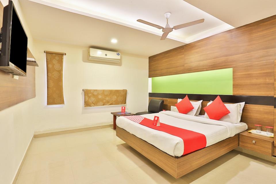 OYO 6752 Hotel Apollo, Navrangpura Ahmedabad, Ahmedabad